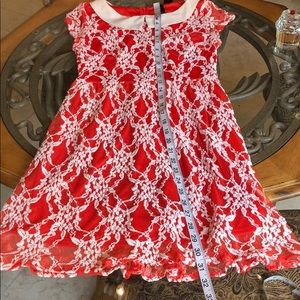 Petticoat Alley Dresses - 🎈3/$15 PETTICOAT ALLEY lace overlay dress